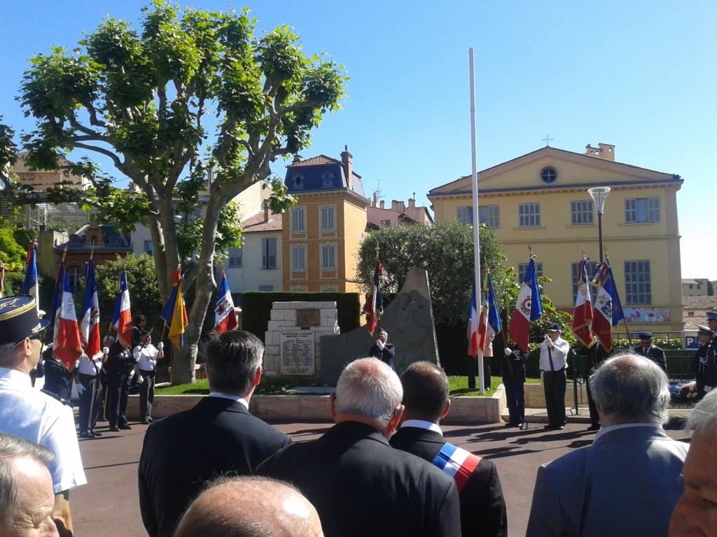 Cours Honoré Cresp - 1° Journée Nationale de Commémoration de la Résistance - 27/05/14 - Présents pour le RPF : Franck BARBEY et Jean-René LAGET